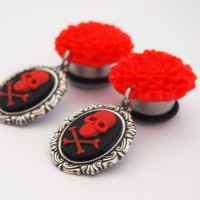 Glamsquared — Dahlia Dangle Plugs - Skull Cameo Dark