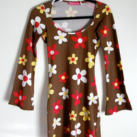 hella 90s.........huge POP ART Daisy Floral Print mini Dress