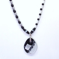 Handmade Beaded Necklace in Black and White