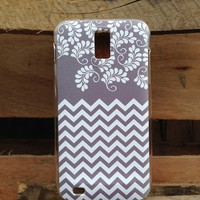 T Mobile Samsung Galaxy S2 Chevron  Floral  Case