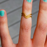 Gold Set of Two Chevron Stackable Knuckle Rings