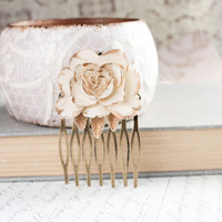 Rose Hair Comb, Ivory Cream Rose, Gold Petals, Bridal, Wedding, Spring Floral, Shabby Chic, Hair Accessories, Antique Brass Filigree
