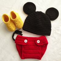 Crocheted Newborn Boys Mickey Mouse Photo by BowBabiesBoutique