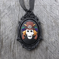 Skull &amp; Guns Cameo in Victorian-Style Picture Frame Cameo Necklace, Crafted Full Color Cameo in Black Frame