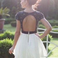 Open Back Styles and Bra Solutions