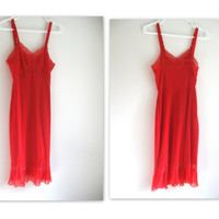 Vintage Red Accordion Short Full Slip Size M