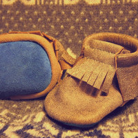Baby MINNETONKA shoes /dakota/