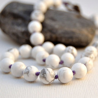 Knotted howlite bracelet. Beaded bohemian chic stack bracelet. Layer double wrap bracelet