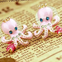 BETSEY JOHNSON Home Rhinestone crown pink octopus Earrings  | eBay