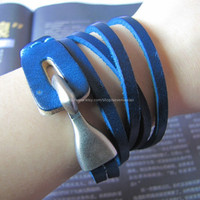 Adjustable Bracelet Cuff made of Blue Leather by sevenvsxiao