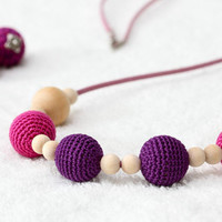 Mother's Day Gift Nursing mom necklaces-Teething toy - Maternity necklace - fuchsia,deep purple, natural wooden beads