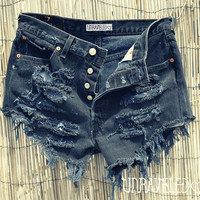 Black High Waisted Levis (MEDIUM)