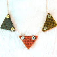 Triangle necklace geometric necklace with by KandyDisenos on Etsy