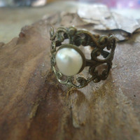 Decorated BRONZE RING with fresh water PEARL by AsaiBolivien $7,90
