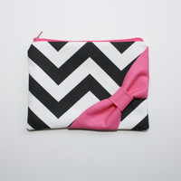 Cosmetic Case / Zipper Pouch - Black and White Chevron with Hot Pink Side Bow