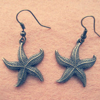 Vintage Style Earrings , Handmade Brass Earrings , Antique Bronze Charm Starfish Design Dangle Earring Metalwork