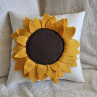 Sunflower Pillow 14x14