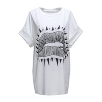 BG-impression White Short Sleeve Lip Print Rivet T-Shirt Free Shipping!  - US$10.84