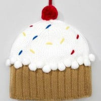 fredflare.com  | cupcake beanie