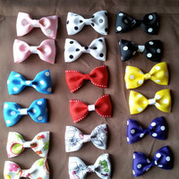 8 Cute Non Slip Hair Bows in Two Different Sizes