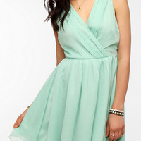 Jack By BB Dakota Chiffon Avril Dress