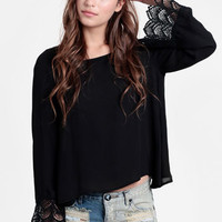 Black Market Tulip Back Blouse - $39.00 : ThreadSence, Women&#x27;s Indie &amp; Bohemian Clothing, Dresses, &amp; Accessories