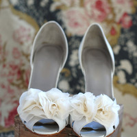 B Poetic Shoe Clip Bouquet in Ivory by bpoetic on Etsy