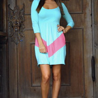 Little Taste Of Chevron Dress: Aqua/Coral | Hope&#x27;s