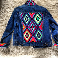 Studded Authentic Levi&#x27;s Jean Jacket with Tribal Motif Size Small