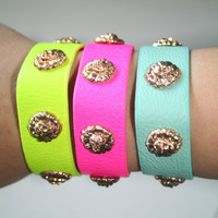 Lion Head Snap Bracelets - Available in Neon Pink, Neon Yellow, & Mint *** Each Sold Separately ***