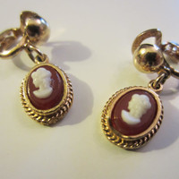 Vintage Gold Cameo Clip Back Earrings // Patented Mini Clip // Vintage Earrings // Coro Original Card