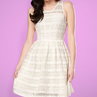 BB Dakota Crochet Jacynth Dress