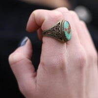 1990&#x27;s Chunky Pressed Flower Ring from Bohemianrose vintage
