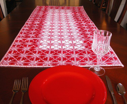 Quilted Table Runner in Red and White Scandinavian Style | GracefulArts - Quilts on ArtFire