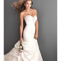 2013 Allure Bridal - Ivory & Silver Silk-Back Taffeta Sweetheart Wedding Dress - Unique Vintage - Prom dresses, retro dresses, retro swimsuits.