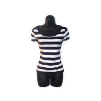 White and Blue Striped Nautical Button Bow Short Sleeved Sweater Tee Womens Clothing Large