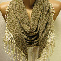 New Trend---Elegant Triangular  Scarf with Trim Edge--Gift Scarf