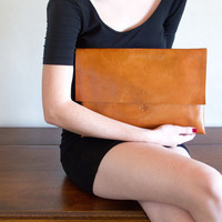 THE RIVOLI PORTA-CLUTCH | MARIE TURNOR