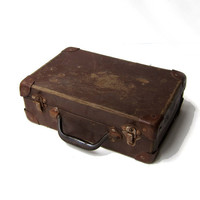 Vintage 1960s small brown school case