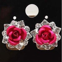 Rhinestone upholstered pieces of rose Earrings
