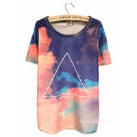 Gradient Sky Geometric Print Slim Tshirt