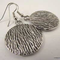 Textured Round Silver Filigree Earrings, Round Pewter Earrings
