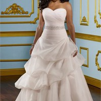 A-line Sweetheart Chapel Train Taffeta and Tulle 2012 Plus Size Wedding Dress WD2079