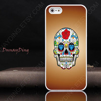 iPhone 4 case, iPhone 4s case, Skull iPhone case cover, floral skull case, sugar skull iPhone 4 case