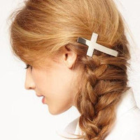 Cross Hair Clip