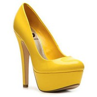 G BY GUESS Veeta Patent Pump