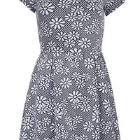Daisy Floral Jaquard Tunic - New In This Week