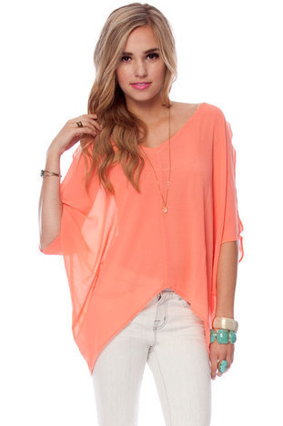 Batty Chiffon Top in Coral :: tobi