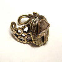 Steampunk Eat Me Locket Ring Alice Wonderland by chinookhugs