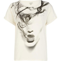 White smoke girl print t-shirt